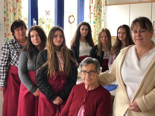 Österliches Backvergnügen im Seniorenservicehaus
