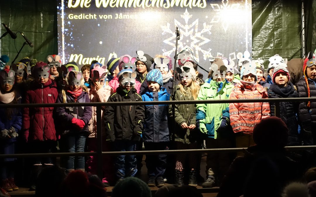 Franziska-Obermayr-Schule eröffnet den Nikolausmarkt