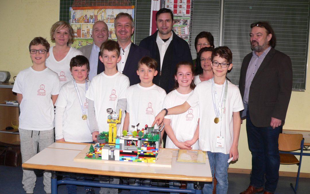 Preisgewinner des Lego-Wettbewerbs stellen ihr Projekt vor