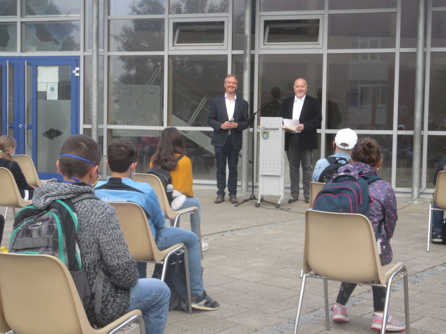 Die Franziska-Obermayr-Schule begrüßt 33 Schüler in den neuen 5. Klassen